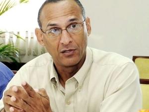 Dr. Damien King